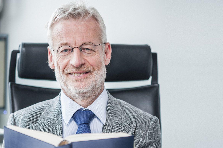 Dr. Gerhard Rothner